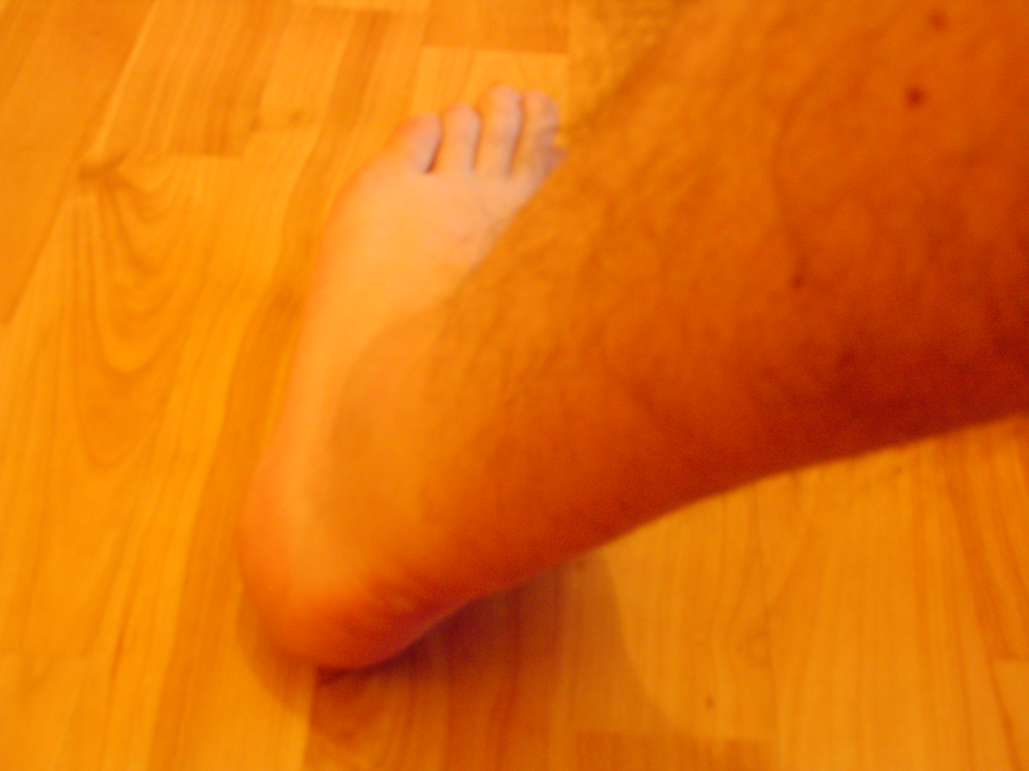 Left ankle outside 13.05.08