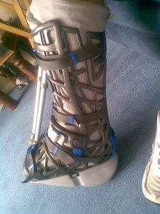Lee S Achillies Recovery Blog Photographs Vacoped Air Boot